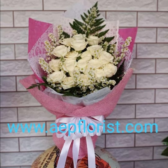 bouquet rose white